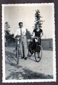 Pake Frans Krips (1900-1967) en beppe Pietje Krips-Hoekema (1904-1999)